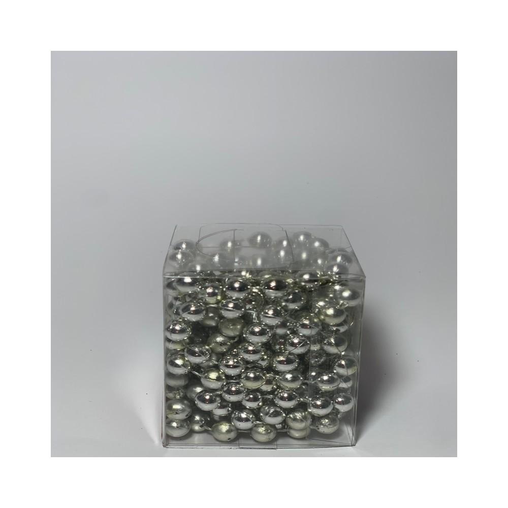 Strip pearls color